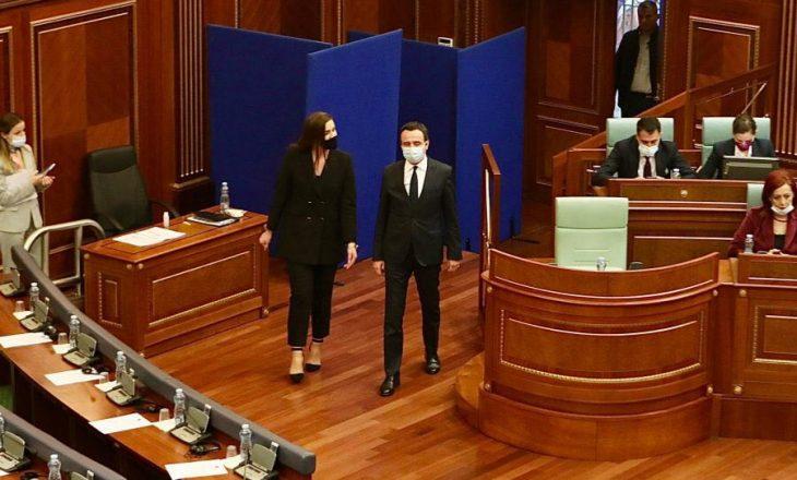 Deputetja e PDK-së Adelina Grainca kalon në radhët e VV-së