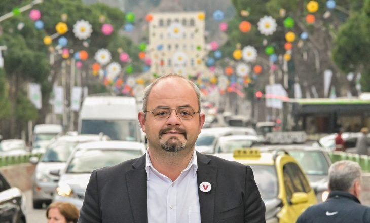 Kurti përkrahë Abazin për zgjedhjet në Shqipëri