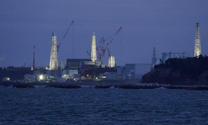 Kina sfidon zyrtarët japonezë të pinë ujërat e ndotur të Fukushima-s