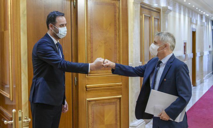 Gjermania konfirmon mbështetjen ndaj Kosovës për sigurimin e vaksinave
