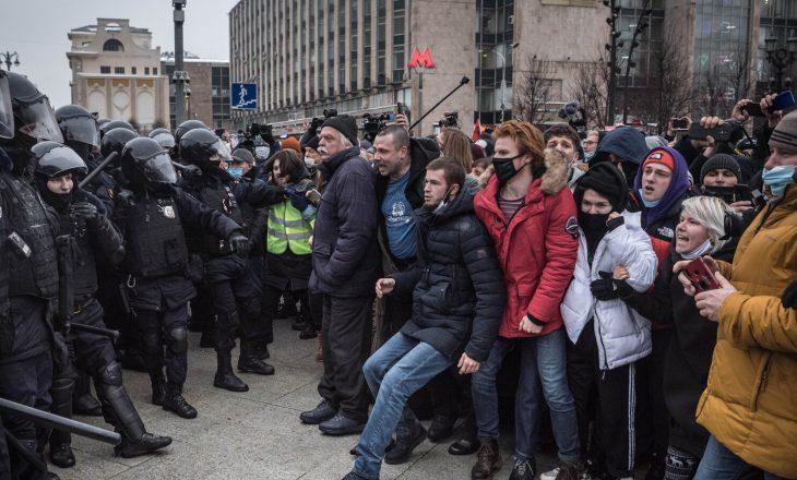 Rusia arreston më shumë se 1.700 persona në protestat pro-Navalnyt