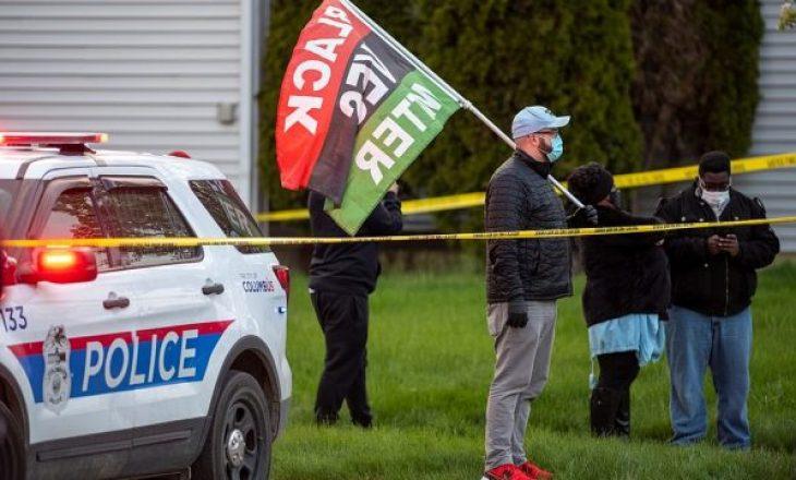 Një oficer policie vret një 15 vjeçare në ShBA