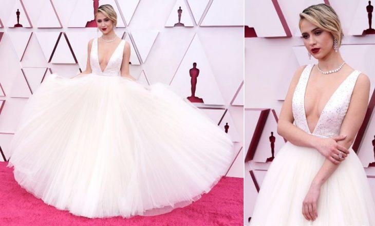 """Veshjet që kthyen kokat në tapetin e kuq të """"Oscars 2021"""""""
