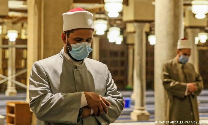 Si po i përshtatin vendet arabe traditat e Ramazanit në pandemi?