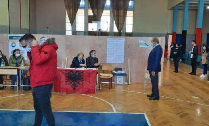 Behgjet Pacolli voton në Shqipëri