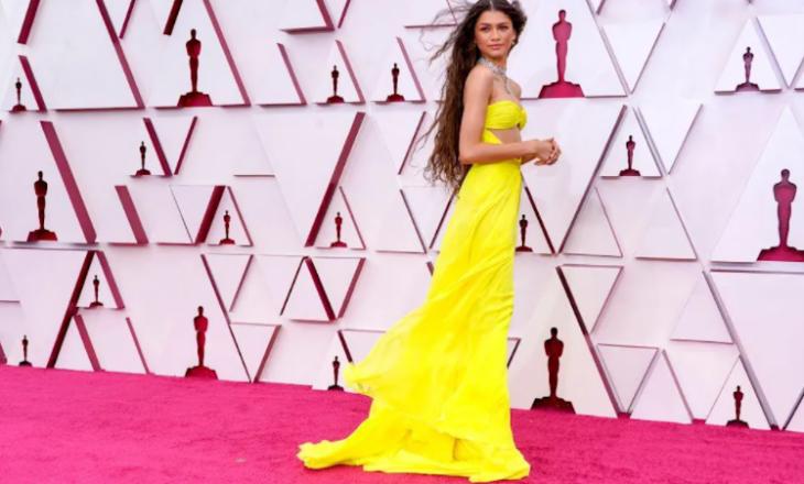 """Zendaya u shfaq në tapetin e kuq të """"Oscars 2021"""" me bizhuteri në vlerë të 6 milionë dollarëve"""
