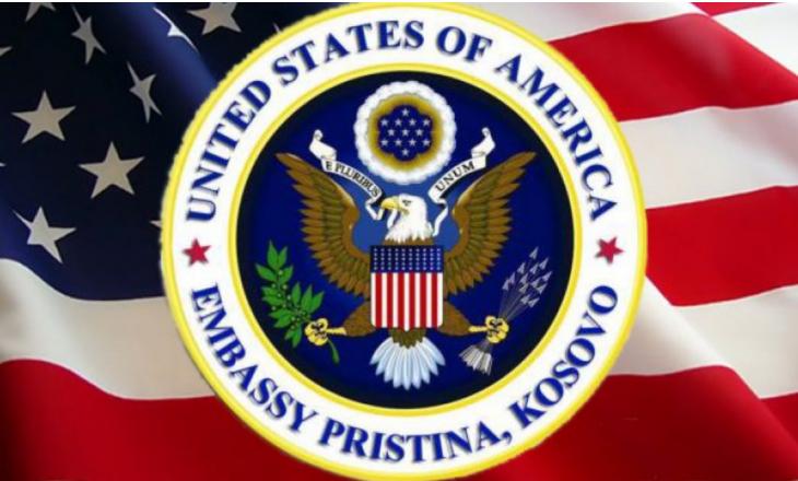 Ambasada amerikane solidarizohet me familjet e të pagjeturve, do t'i fikin dritat për 5 minuta nga ora 20:00