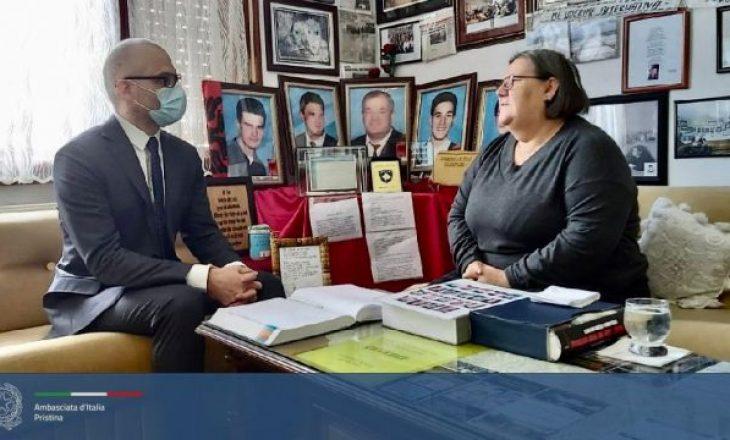 Ambasadori italian viziton Ferdonije Qerkezin: U preka thellë nga dëshmia e saj