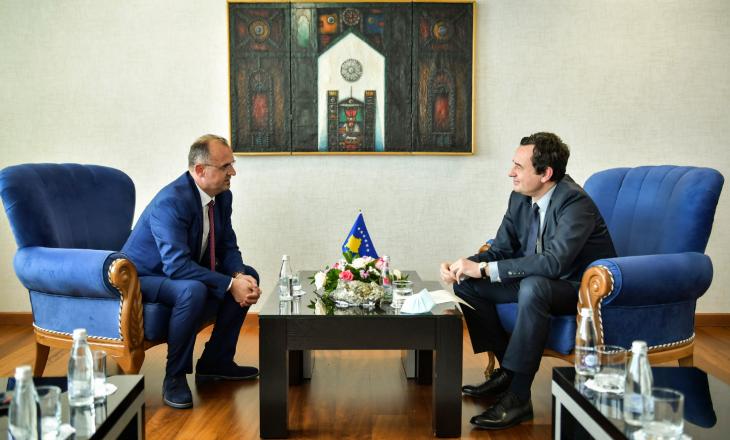 Kurti emëron Arsim Berishën zëvendësministër të Shëndetësisë