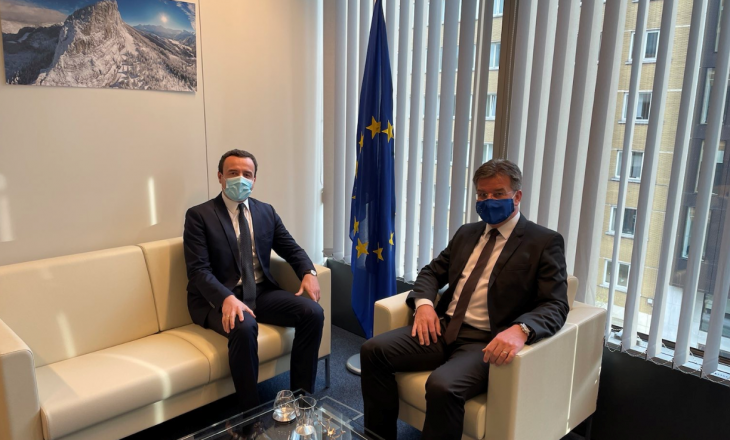 Kurti pas takimit me Lajçak: Dialogu t'u adresohet çështjeve të pazgjidhura, jo të krijojë çështje të reja