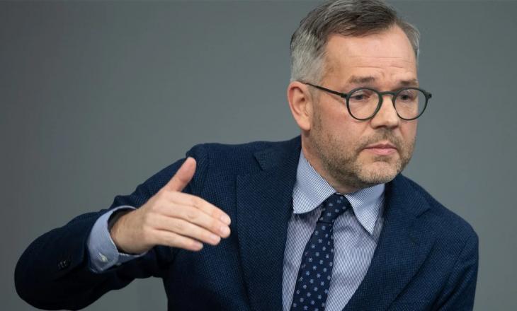 Ministri gjerman për Evropën: Fantazitë për ndryshimin e kufijve të Ballkanit i përkasin një të kaluare të dështuar