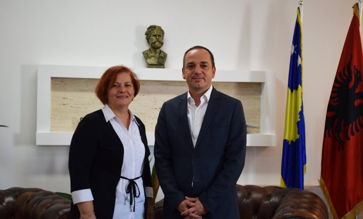 Drejtoreshës së Arsimit në Prizren iu ngrit aktakuzë, reagon Haskuka