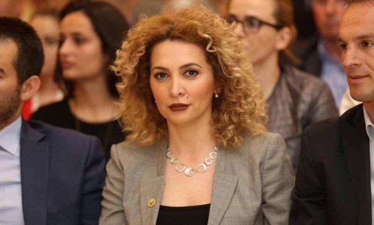AAK nuk do ta largojë Albena Reshitaj nga partia