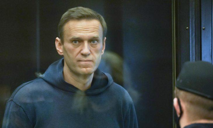 Alexey Navalny i jep fund grevës së urisë