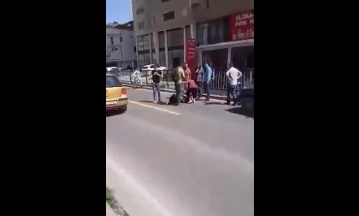 Aksident në rrugën Prishtinë-Fushë Kosovë, vetura godet një grua