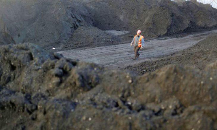 Në Xinjiang të Kinës, 21 minatorë të bllokuar në minierën e përmbytur