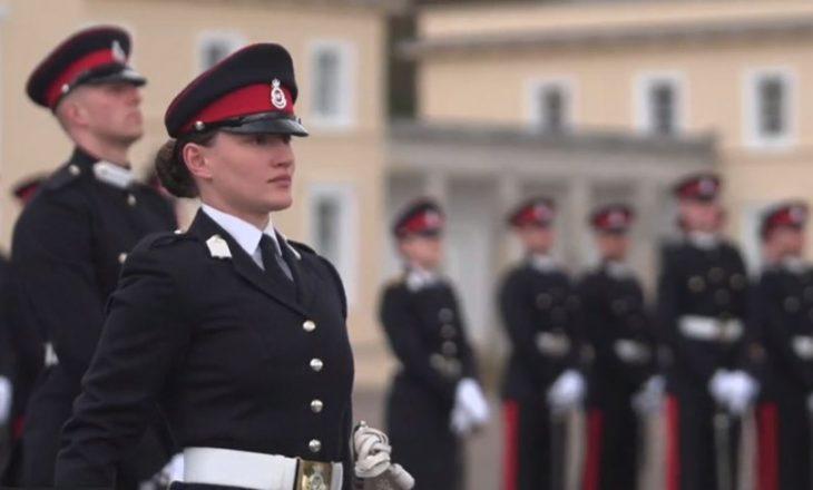 Dy kadetë të FSK-së diplomohen në Akademinë Ushtarake Mbretërore të Britanisë së Madhe
