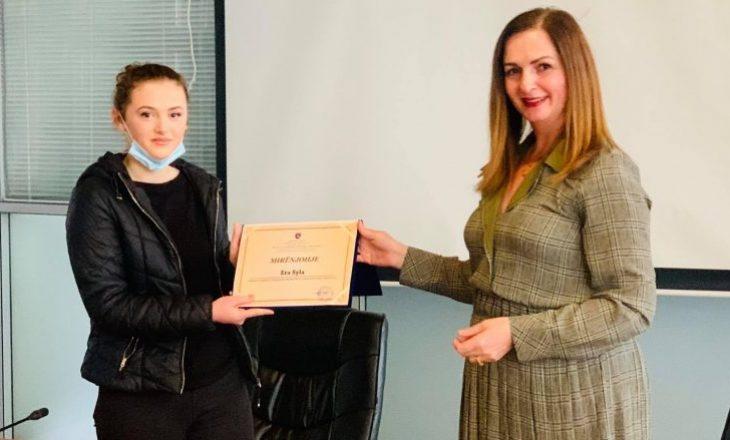Nagavci ndan mirënjohje për fituesen e medaljes së argjendtë në EGMO, Era Syla