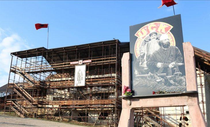 """Kurti: Qeveria e gatshme për sanimin e kompleksit Memorial """"Adem Jashari"""" në Prekaz"""