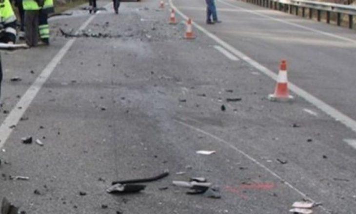 Policia konfirmon aksidentin e rëndë në Gjakovë ku humbën jetën tre persona