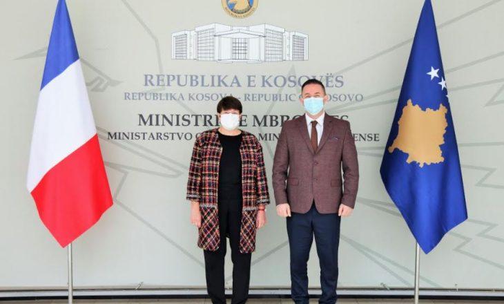 Ambasadorja Butel: Franca ofron bashkëpunim në siguri dhe të gjitha fushat