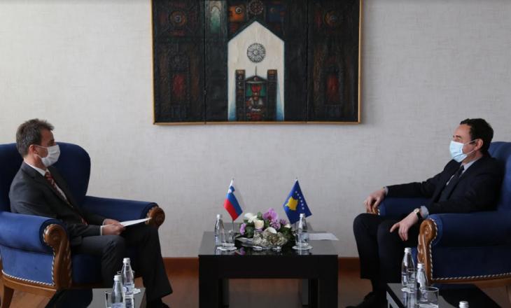 Kurti takohet me ambasadorin e Sllovenisë në Kosovë, diskutohet raporti mes dy shteteve