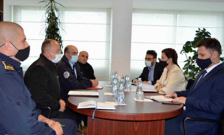 Albulena Haxhiu takon krerët e Sindikatës së Shërbimit Korrektues të Kosovës