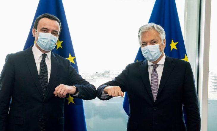 Kurti dhe Komisioneri i BE-së për Drejtësi flasin për procesin e vetingut