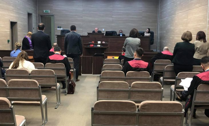 Ministri Aliu dhe të akuzuarit e tjerë deklarohen të pafajshëm para gjykatës