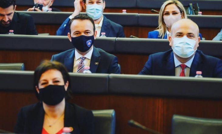 """""""Nuk është e arsyeshme që deputetët e Listës Guxo të kthehen në LDK"""""""