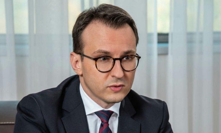 "Petkoviq i reagon Osmanit për ""non-paperin"""