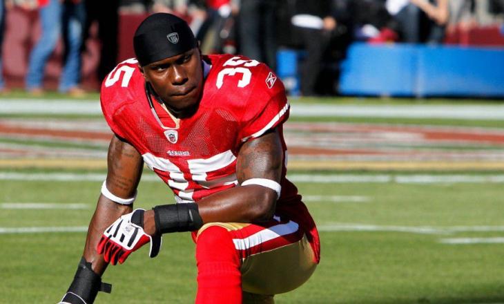 Ish-lojtari i NFL-së në SHBA vret fqinjët e tij dhe më pas veten
