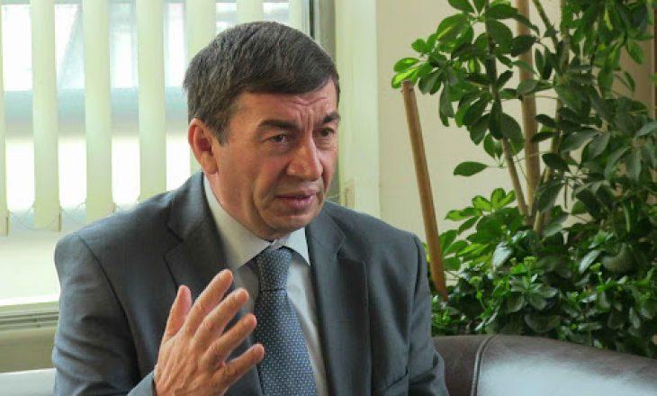 Bajrami: Politikanëve u kujtohet Kushtetuta vetëm kur duan ta marrin ose ruajnë pushtetin