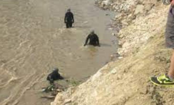 Gjendet i vdekur në lumë
