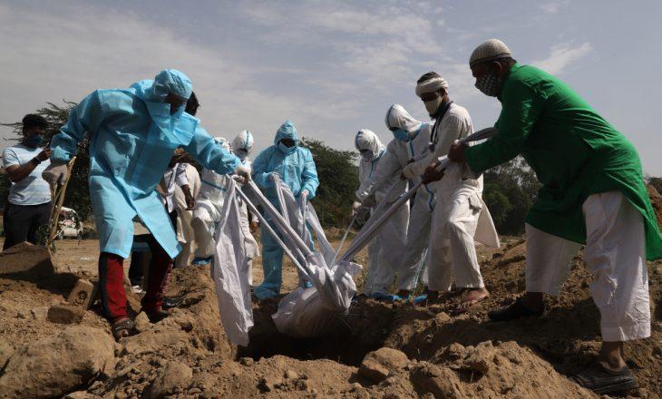 Për herë të parë brenda ditës India regjistron mbi 4 mijë viktima nga COVID-19