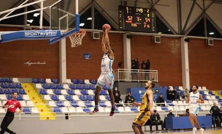 Rahoveci mposht Yllin në Suharekë, ndeshja e fundit vendos finalistin në basketboll