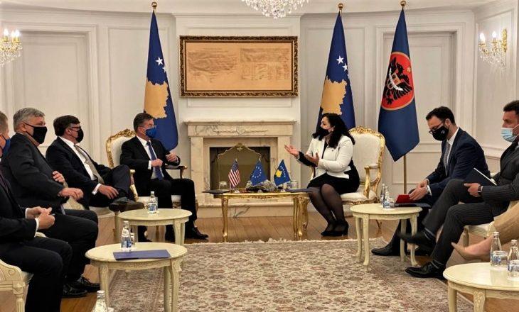 Ambasada Amerikane në Kosovë: Palmer pati takim konstruktiv me Lajçakun dhe liderët kosovarë