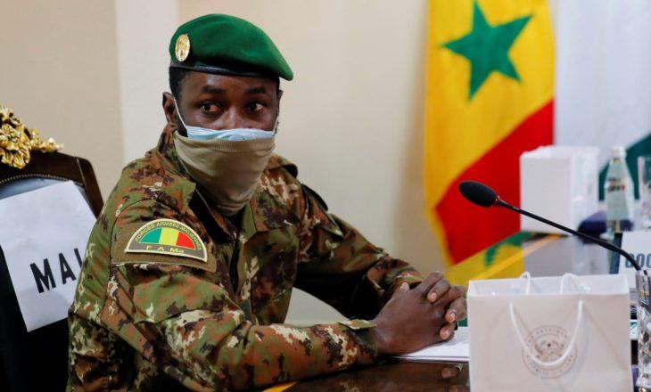 Udhëheqësi i grushtit të shtetit i Malit drejtohet në Ganë për bisedimet e krizës (ECOWAS)