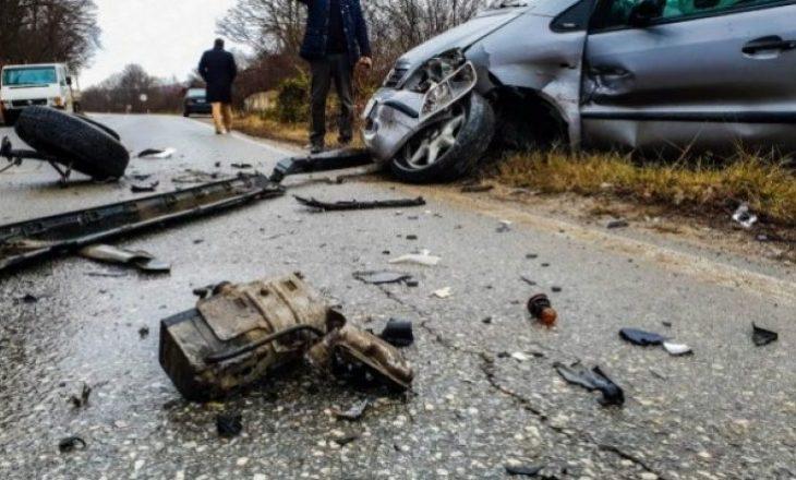 Aksident në Podujevë, lëndohen dy persona
