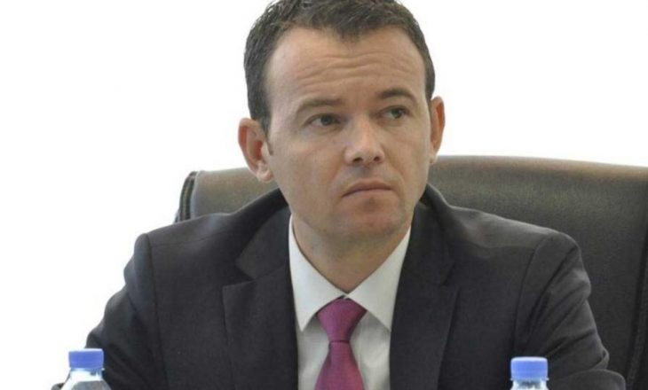"""Faton Peci flet për përplasjen: Memli Krasniqi më tha """"eja në holl të Kuvendit të bëj llom"""""""
