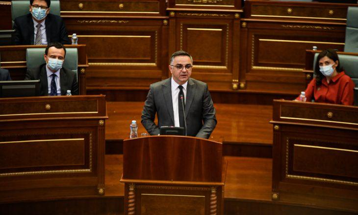 AAK kërkon që Kurti të raportojë në Kuvend për takimin në Bruksel