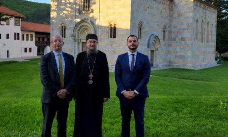 OSBE pret që toka të regjistrohet si pronë e Manastirit të Deçanit sipas ligjit