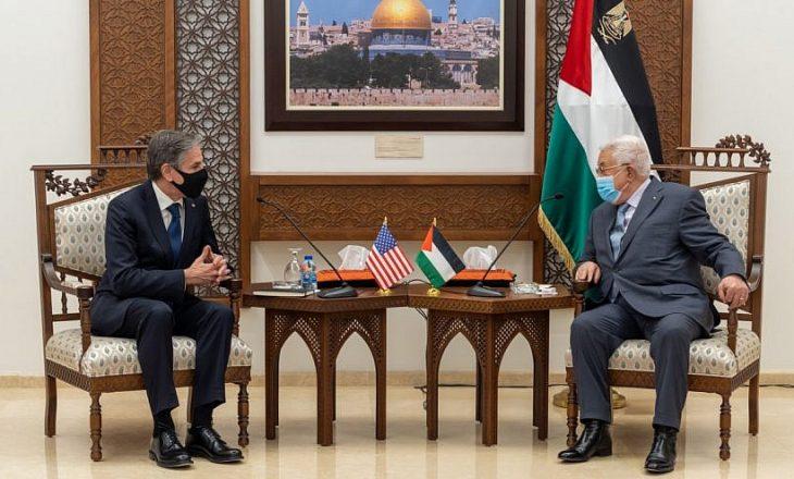 Sekretari Amerikan i Shtetit takohet me presidentin palestinez në Ramallah