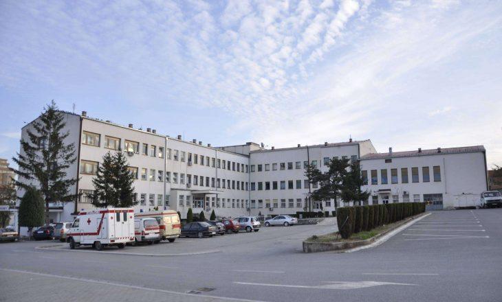 I vdes foshnja gjatë lindjes në Spitalin e Gjilanit – Policia arreston doktorin