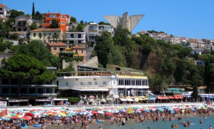 Arrihet marrëveshje bashkëpunimi mes të Kosovës dhe Malit të Zi, për bashkëpunim në fushën e hotelerisë dhe turizmit