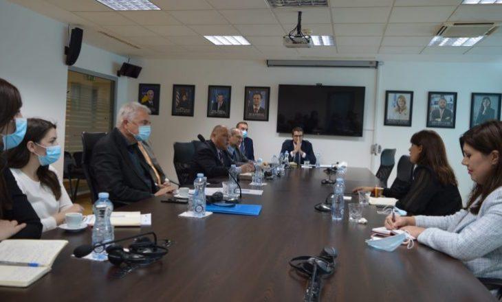Haxhiu takohet me ekspertë të projektit të Bashkimit Evropian për drejtësinë