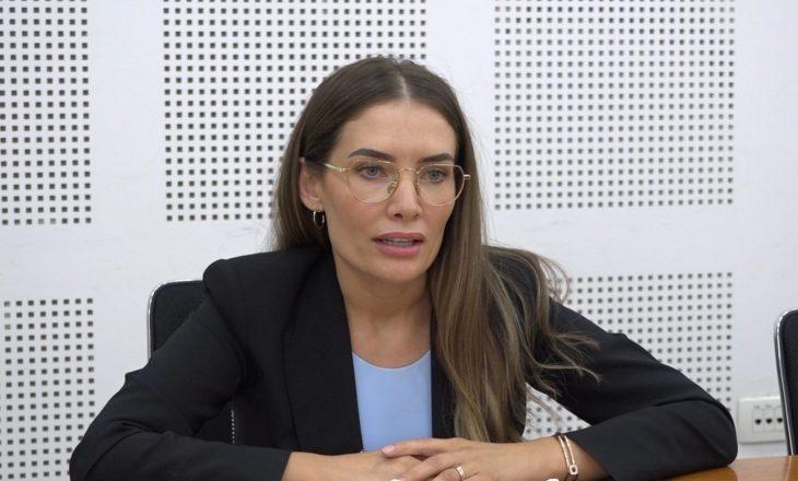 Musliu-Shoshi për shkarkimin e ambasadorëve: Ministrja Gërvalla nuk e kupton politikën e jashtme