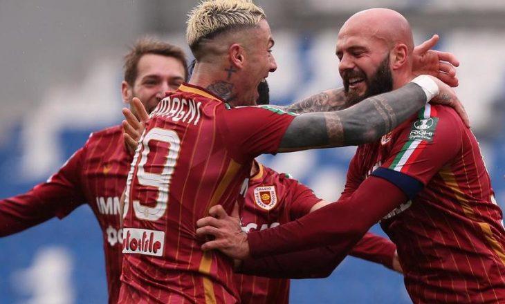 Shënon Arlind Ajeti, i dhuron tre pikë Reggianas në Serie B