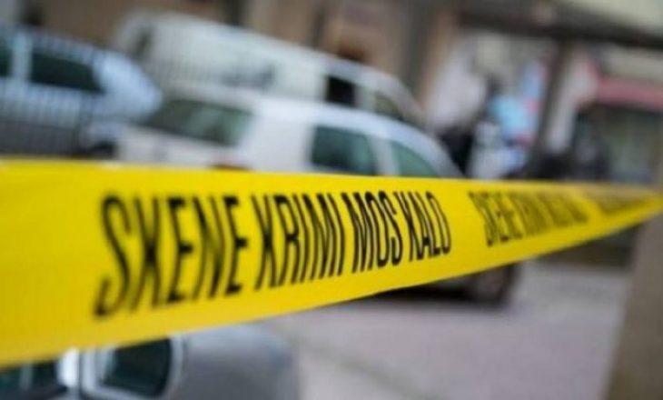 Policia flet për arrestimin e të dyshuarit për vrasjen në Pejë