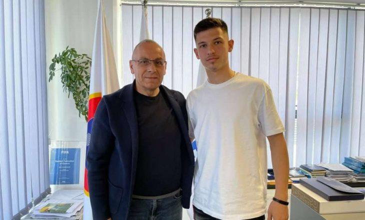 "Talenti 17 vjeçar i Bayern Munchen i thotë ""po"" Kosovës"